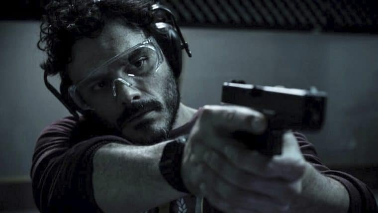 O Doutrinador aparece em nova foto do filme baseado em HQ brasileira