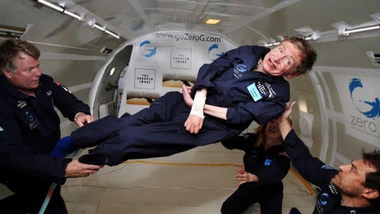 Neil deGrasse Tyson, NASA e muitos outros homenageiam Stephen Hawking