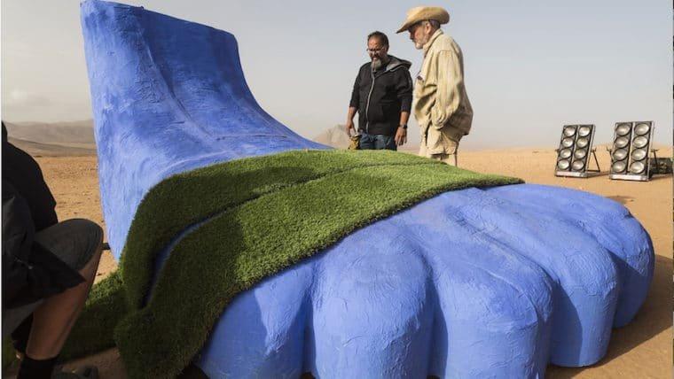 Terry Gilliam divulga foto de bastidores de The Man Who Killed Don Quixote