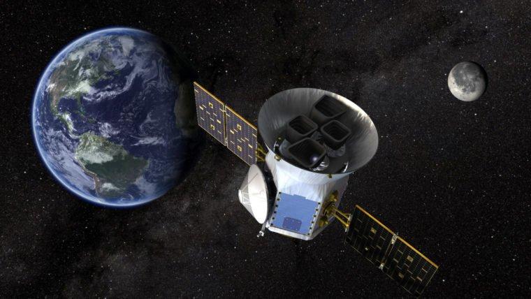 Falcon 9 lança satélite da NASA que vai procurar exoplanetas