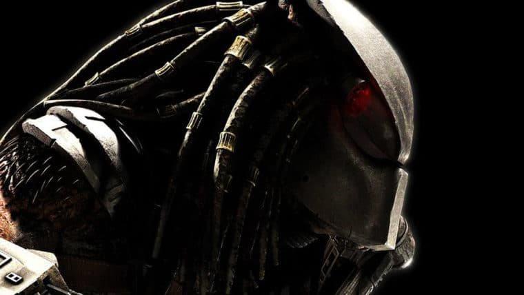 O Predador está chegando e se espreitando na floresta em nova foto do filme