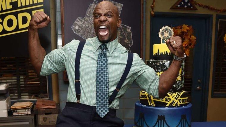 Terry Crews resume as cinco temporadas de Brooklyn Nine-Nine com muita zoeira