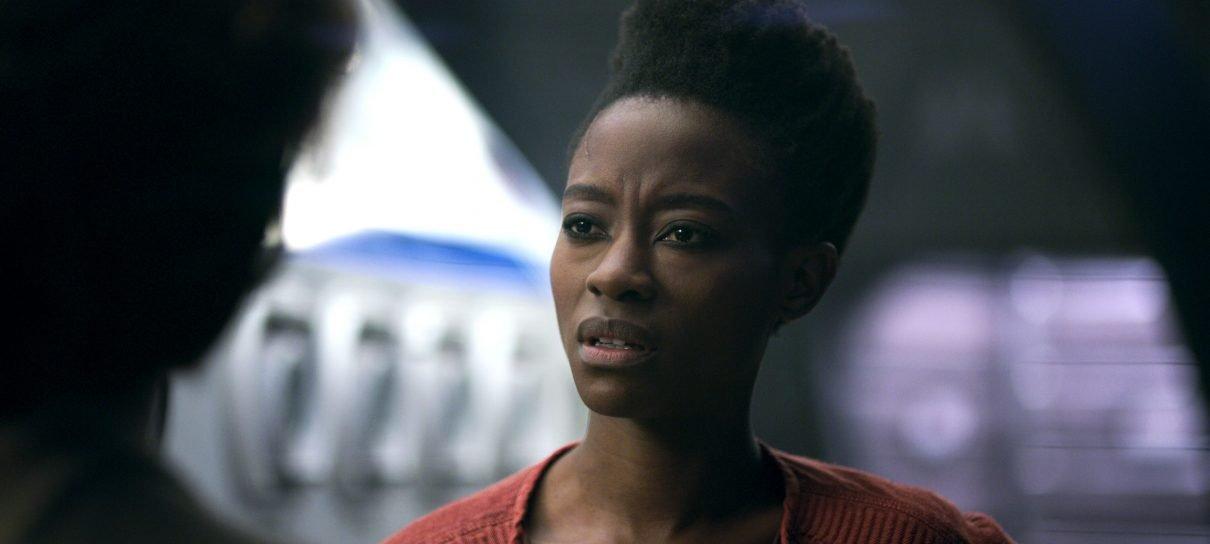 Perdidos no Espaço | Angela terá mais destaque na segunda temporada