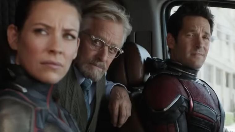 Michael Peña conhece um restaurante bem peculiar em trailer Homem-Formiga e a Vespa