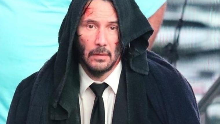 John Wick está encharcado na Times Square em novas fotos do terceiro filme