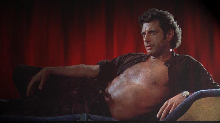 Jeff Goldblum ganhou estrela na calçada da fama e fez sua pose clássica de Jurassic Park