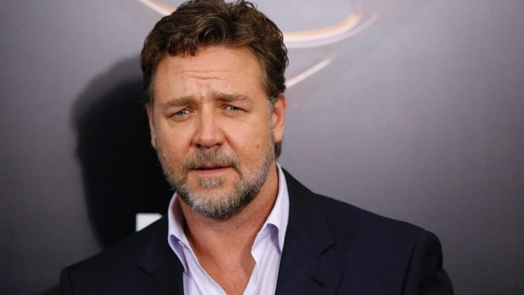 Russell Crowe vai estrelar série sobre fundador da Fox News
