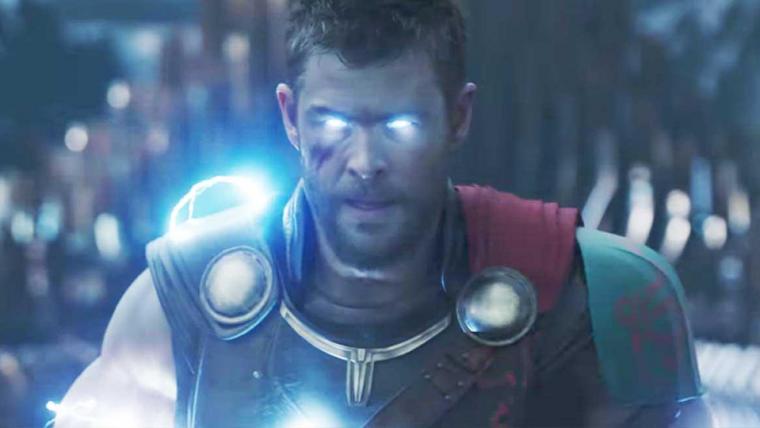 Chris Hemsworth afirma que Vingadores 4 é