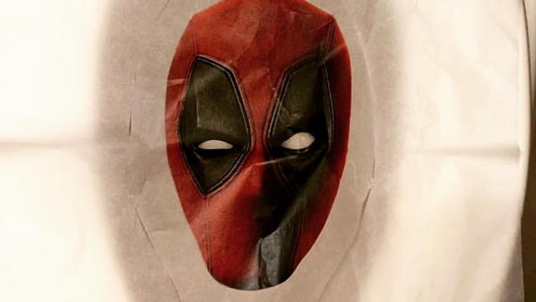 Deadpool estampa protetores para privada nos banheiros da SDCC