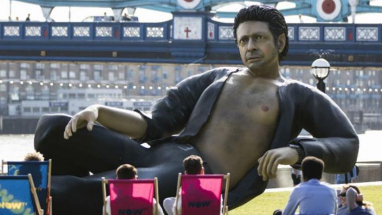 Pose sexy de Jeff Goldblum em Jurassic Park vira estátua em Londres