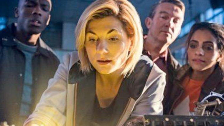 Doctor Who | Doutora e seus companheiros aparecem em fotos da nova temporada