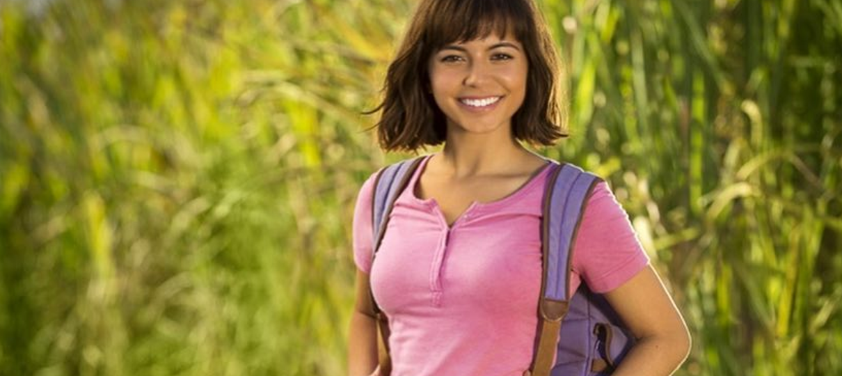 Isabela Moner aparece como Dora, a Aventureira na primeira foto do live-action