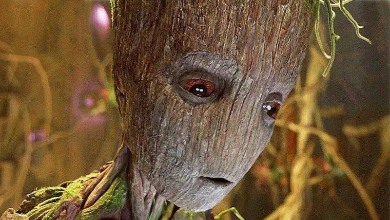 Vingadores: Guerra Infinita   Diretores explicam como Groot levantou a arma do Thor