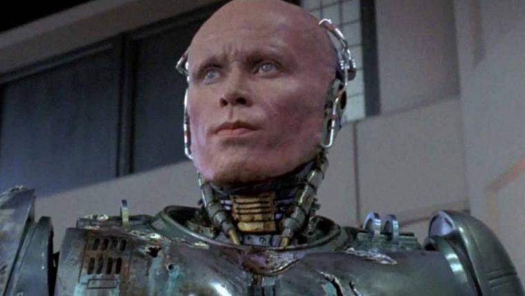 RoboCop Returns   Neill Blomkamp quer Peter Weller como Robocop na sequência do original