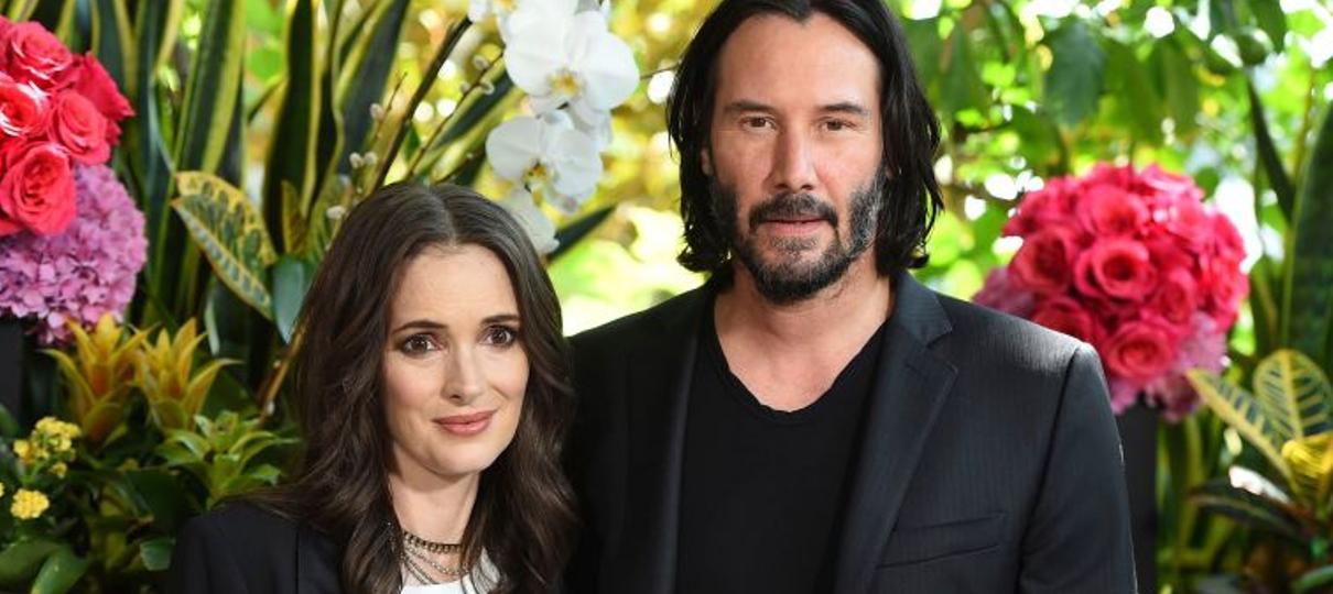 Keanu Reeves e Winona Ryder podem estar casados sem querer há 26 anos