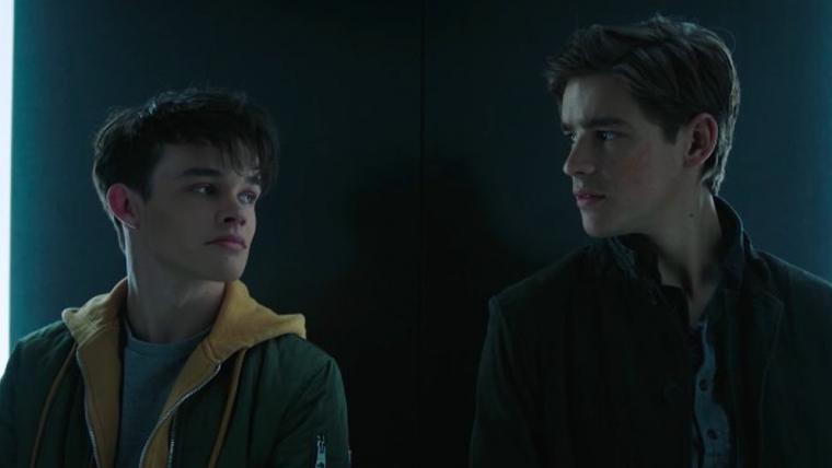 Robin encontra outro Robin em vídeo de Titans, a série dos Novos Titãs