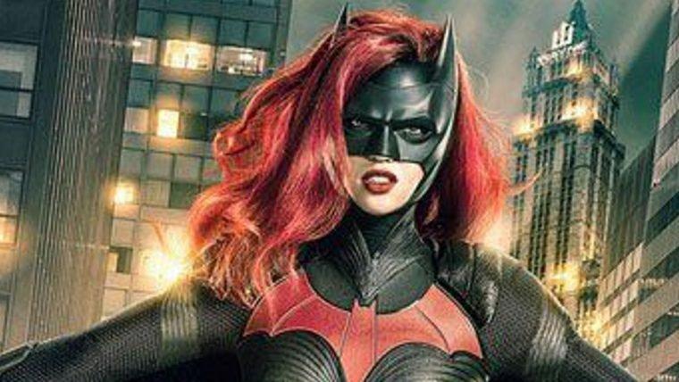 Batwoman | Diretor de Game of Thrones vai comandar o piloto