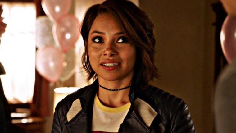 Barry e Nora Allen estão em conflito em novo trailer da quinta temporada de The Flash