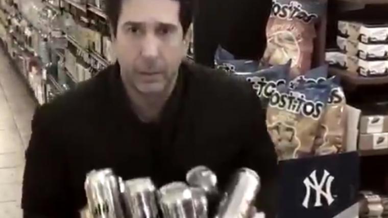 Ladrão que parece o Ross de Friends é flagrado e David Schwimmer recria o vídeo