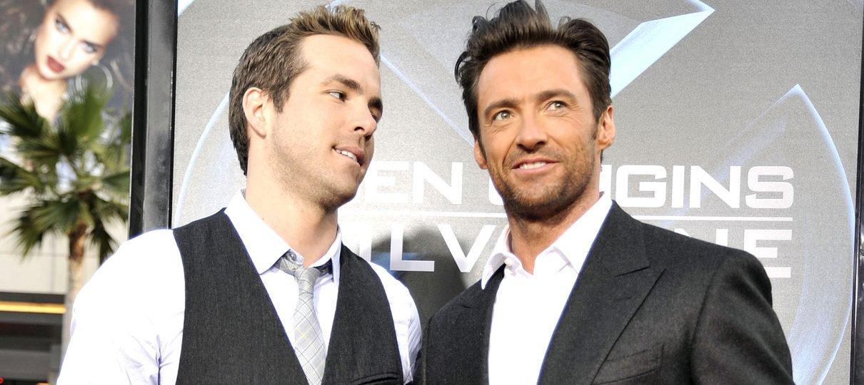 Hugh Jackman cai na zoeira e posta foto para celebrar aniversário de Ryan Reynolds