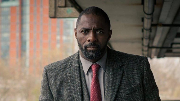 Luther está pronto para a ação no trailer da quinta temporada