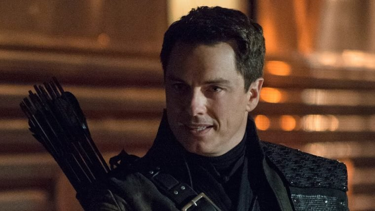 Arrow   John Barrowman vai voltar para a série