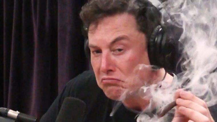 NASA vai inspecionar SpaceX, após vídeo de Elon Musk fumando maconha