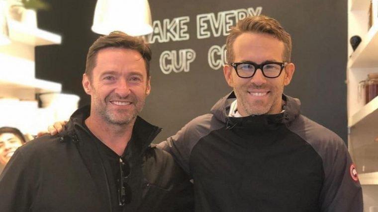 Ryan Reynolds começa campanha contra Hugh Jackman de zoeira