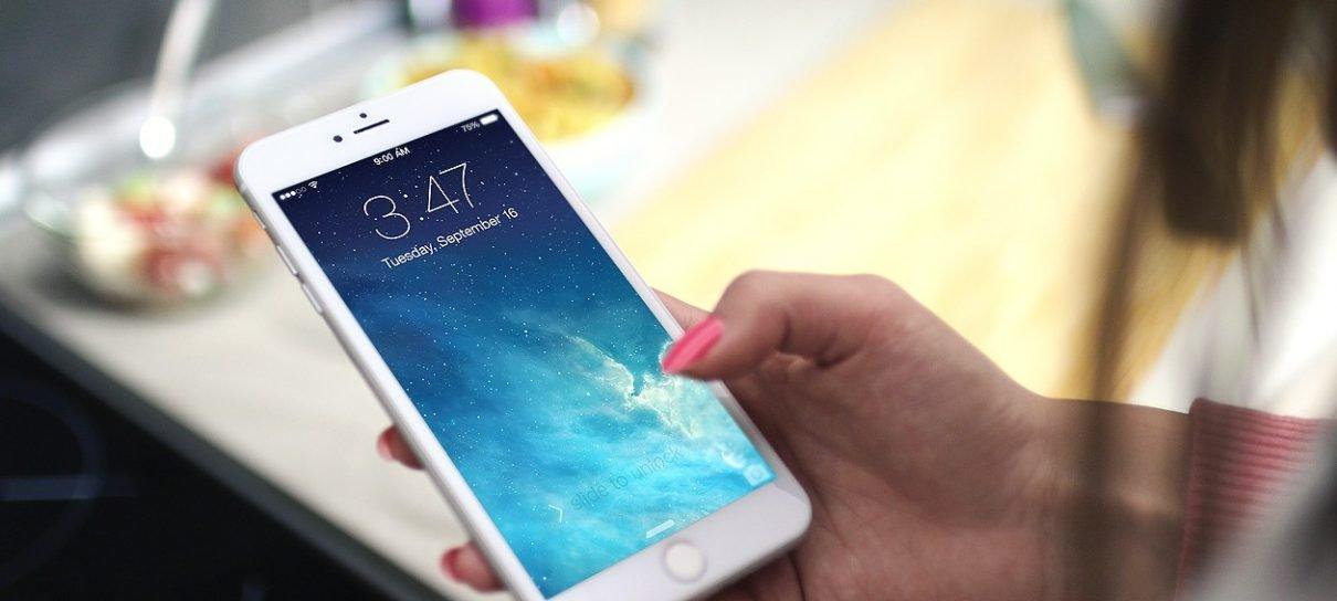 79% dos brasileiros usam o celular para evitar conversa com outras pessoas