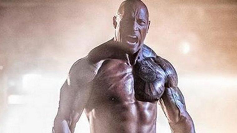 Hobbs & Shaw | The Rock aparece gigantesco em foto do filme