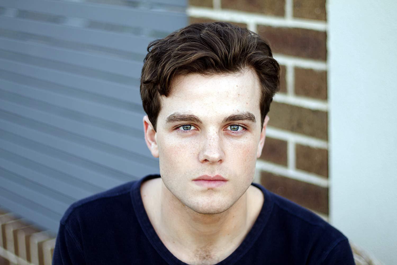 Joshua Opin, que interpretará o Superboy
