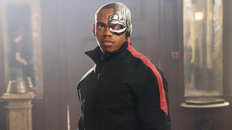 Doom Patrol | Novas imagens apresentam o Ciborgue da série