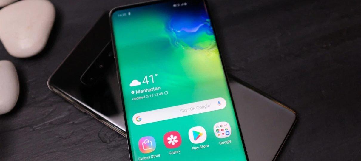 Samsung Galaxy S10 permite que você carregue o celular dos seus amigos de forma wireless