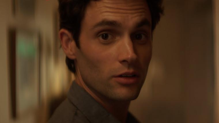 Você | Netflix divulga trechos da série sem a narração de Joe (e o resultado é bizarro)