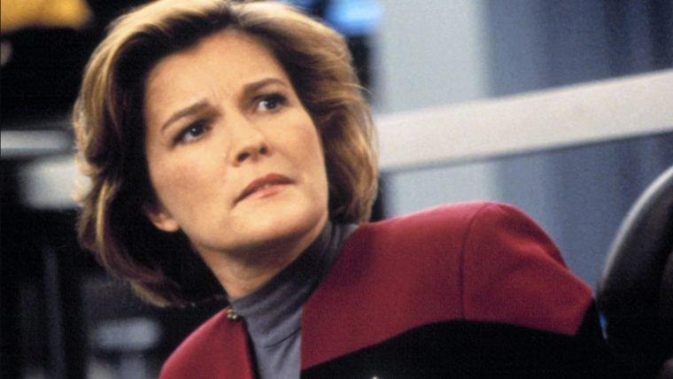 Star Trek | Capitã Janeway envia mensagem de apoio para a Capitã Marvel!