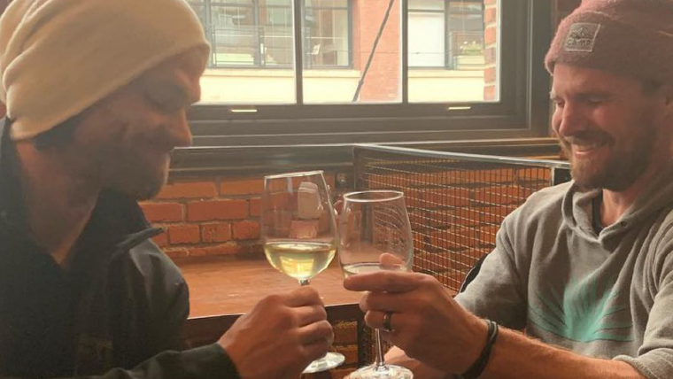 Jared Padalecki e Stephen Amell fazem zoeira sobre fim de Supernatural e Arrow