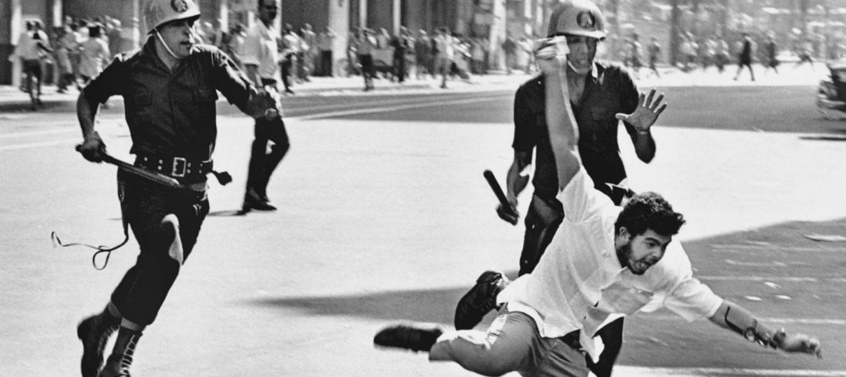 Cinemark emite comunicado após exibição de documentário sobre golpe de 1964