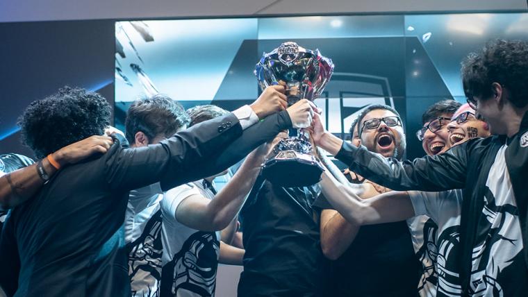 CBLoL 2019 | INTZ é o time campeão do CBLoL 2019