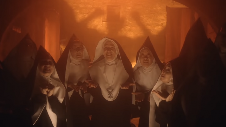 Good Omens | Freiras satânicas cantam sobre o Anticristo em novo vídeo