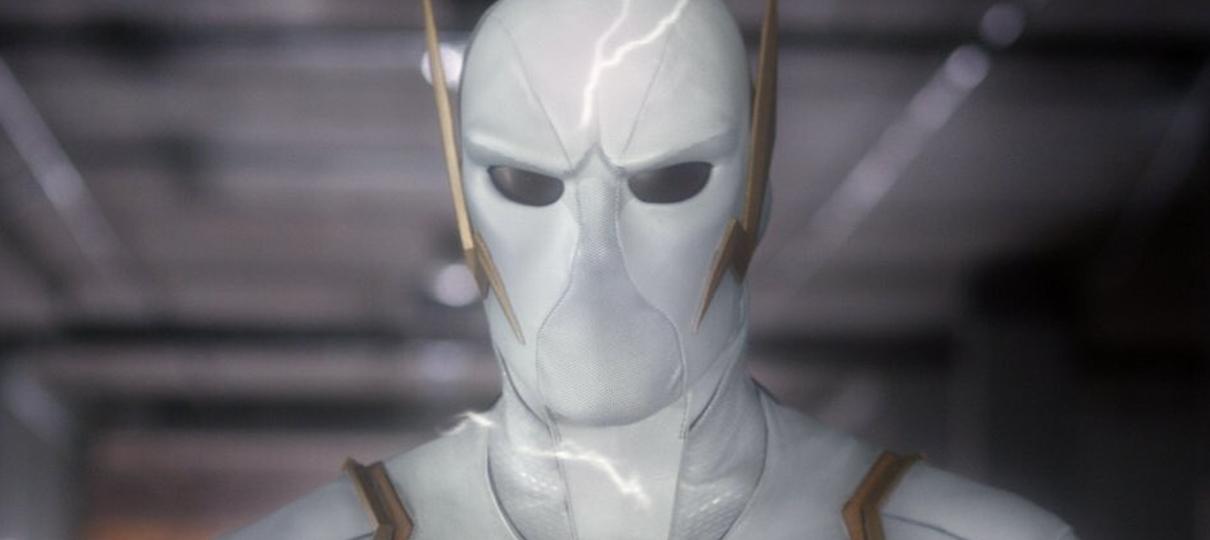 Novas imagens de The Flash revelam visual do Deus da Velocidade