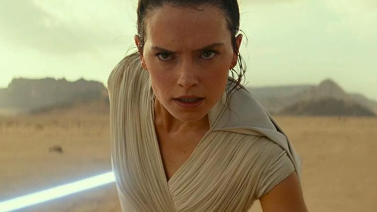 J.J. Abrams diz que Star Wars: A Ascensão Skywalker vai explorar mais sobre os pais de Rey