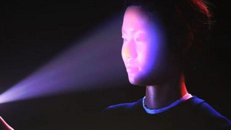 Adolescente processa Apple, alegando que reconhecimento facial causou prisão injusta