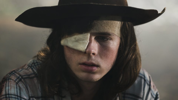 Chandler Riggs dá cutucada no roteirista de The Walking Dead