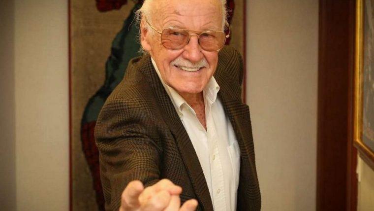 Confira a homenagem a Stan Lee em Capitã Marvel