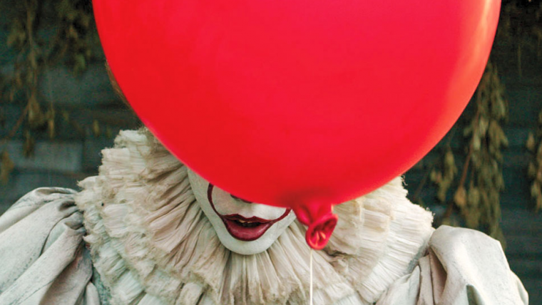 Atores de It: A Coisa 2 publicam fotos com um balão vermelho escondido