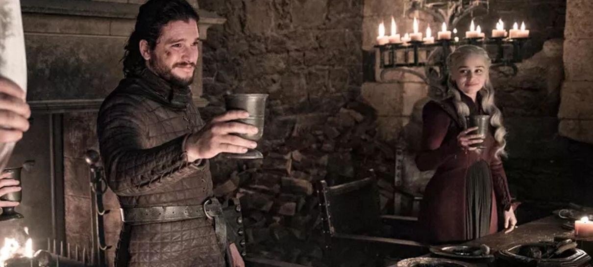 Game of Thrones | Copo em cena não tinha café, revela Emilia Clarke