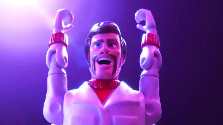 Toy Story 4   Novo teaser apresenta o personagem de Keanu Reeves