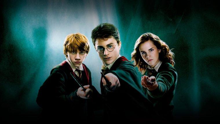 Harry Potter | J.K. Rowling vai lançar quatro ebooks de