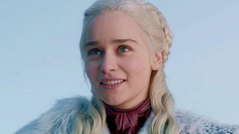 Emilia Clarke recusou papel em 50 Tons de Cinza