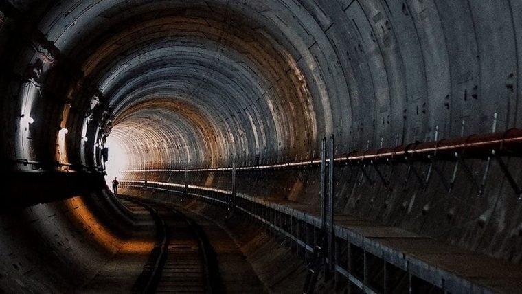 Empresa de Elon Musk fecha contrato milionário para construção de túnel em Vegas